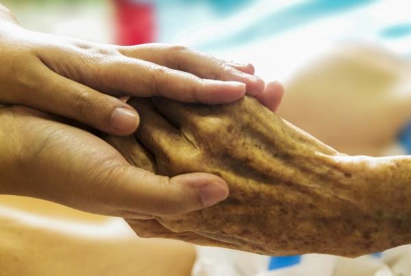 hospice-1793998_1920